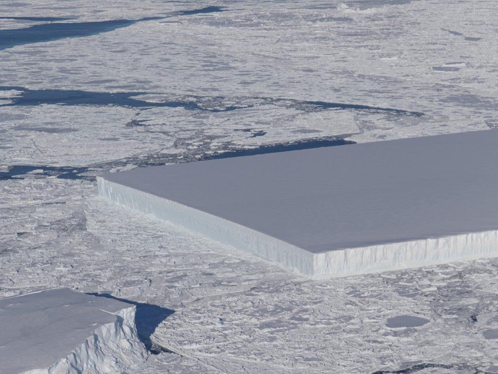 NASA Discovered a Perfectly Rectangular Iceberg In Antarctica
