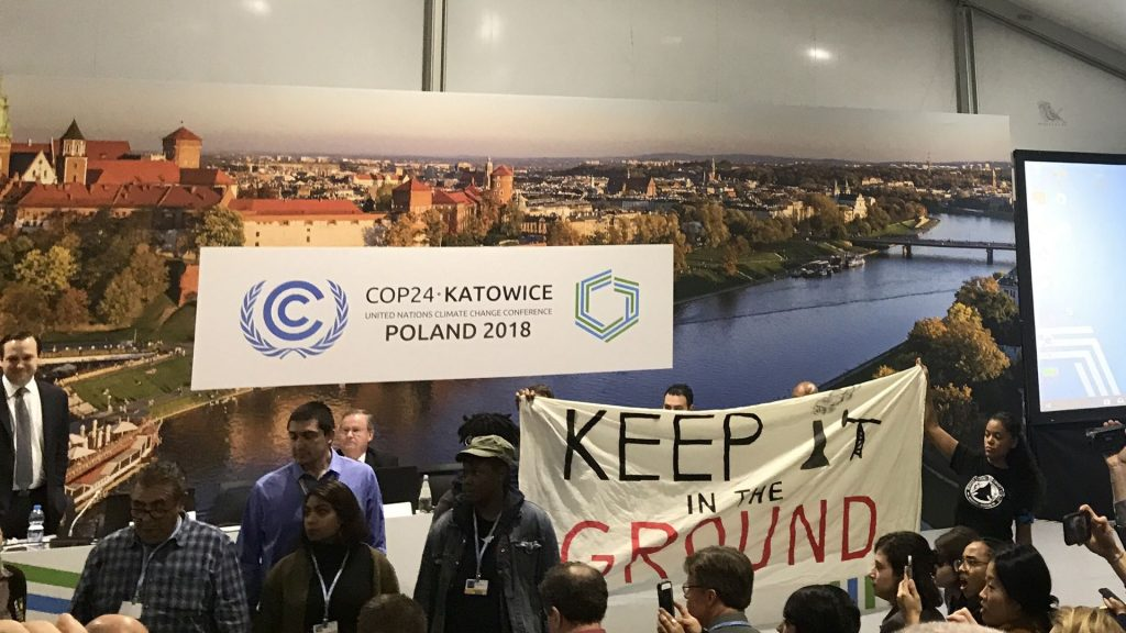 US Promotes Fossil Fuels a World's Biggest Climate Change Conference