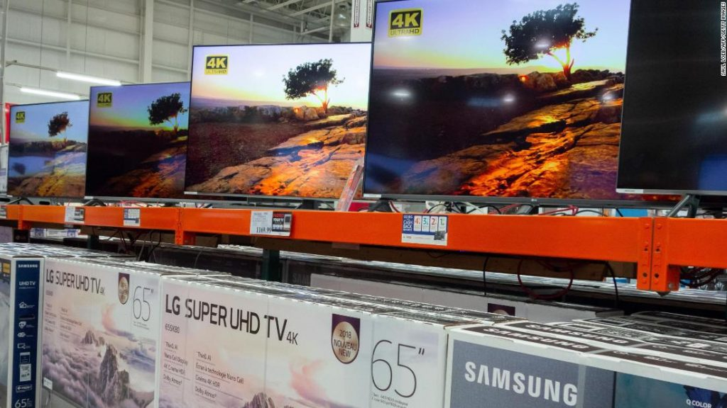 Apple and Samsung Have Agreed to Let People Access iTunes on Their Smart TVs