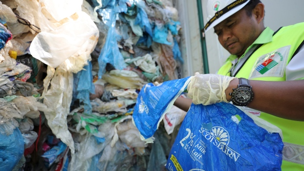 Malaysia Is Planning To Send Plastic Waste Back To Foreign Nations